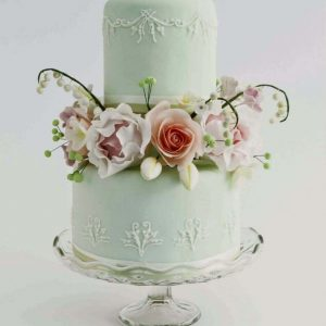 pastel wedding cake with sugar flowers master class with samantha brown at the london cake academy