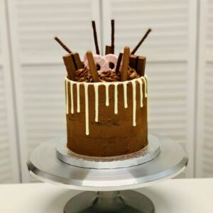 Chocolate drip cake class