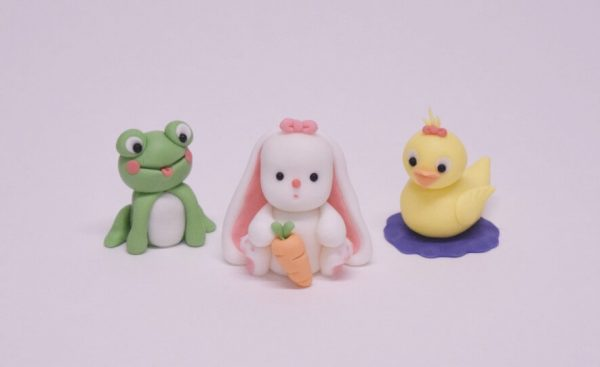 cute frog, duck and rabbit figure cake topper class at the London cake academy