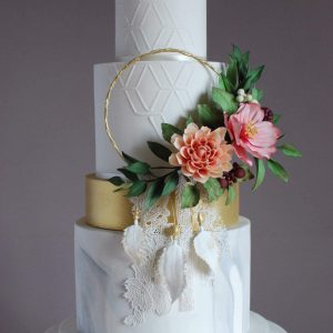 Bohemian styled wedding cake masterclass with emma stewart for the london cake academy